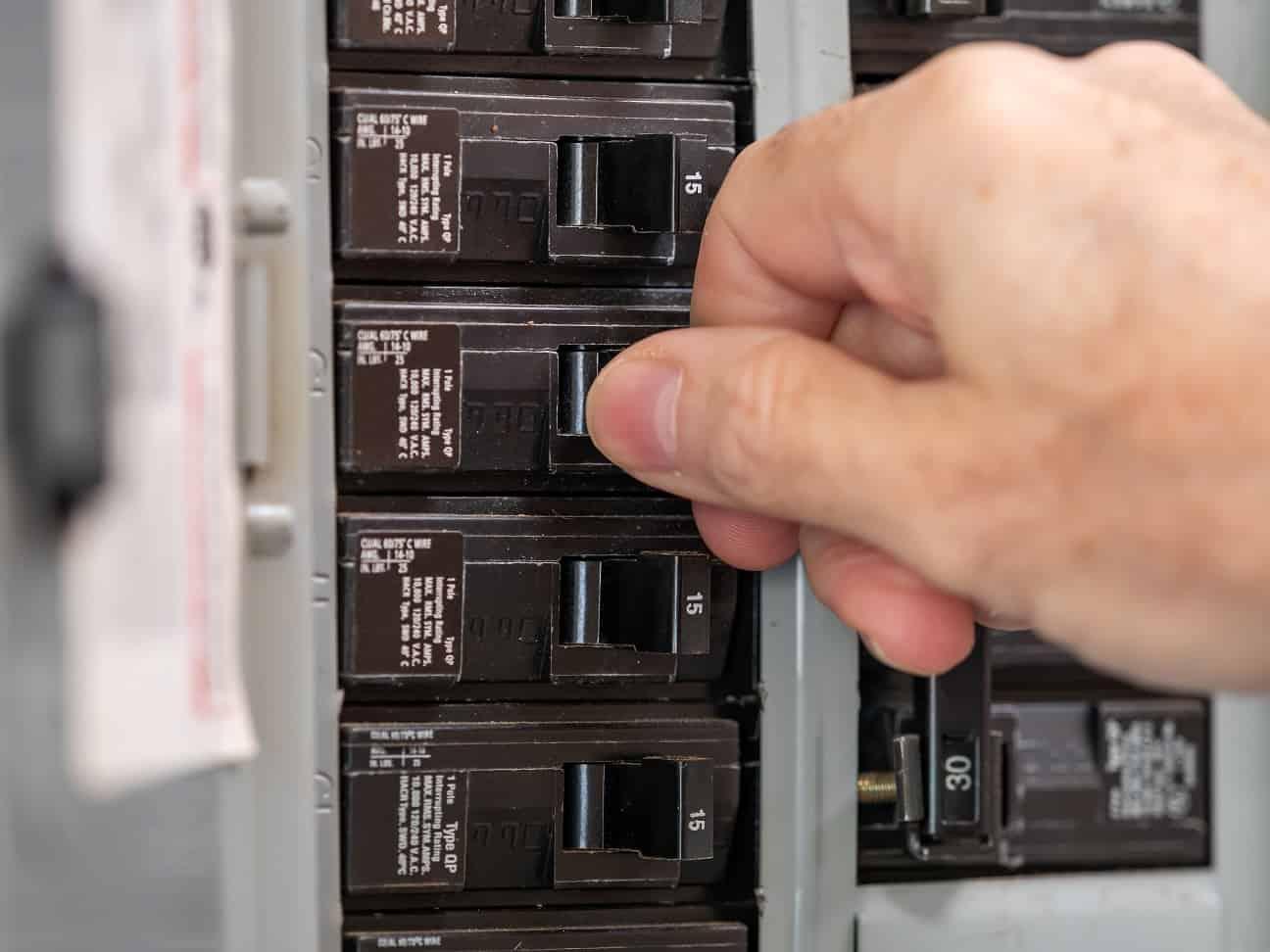 Circuit Breaker Repair Service